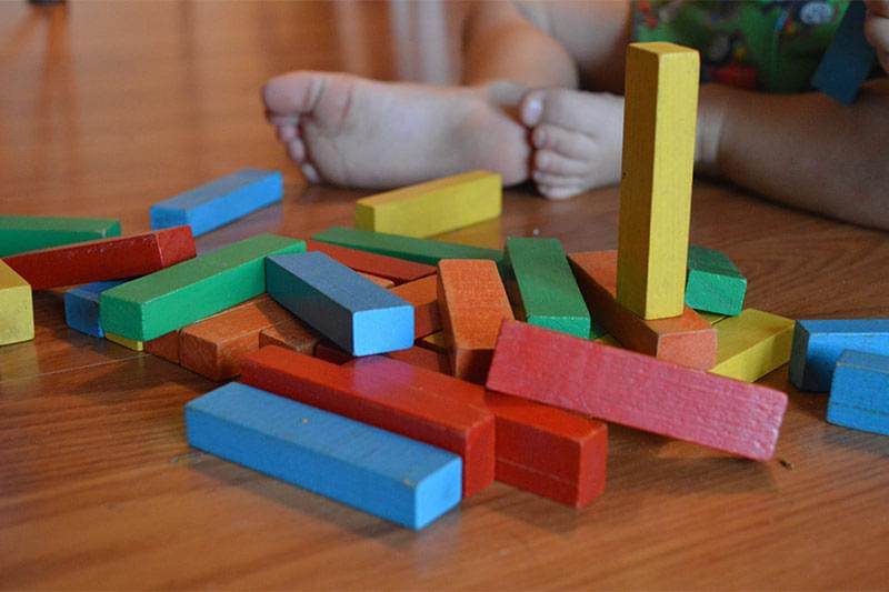 Learning through play, early learning toys, aids to early learning, benefits of early learning,